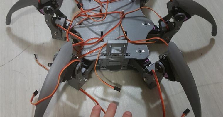 Jeudi 17/09/18 : Robot ANTDROID-HEXAPODE